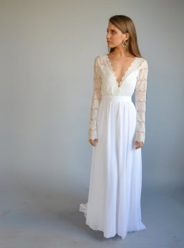 21 Bohemian Wedding Dress for a Free Spirited Bride   EverAfterGuide Long Sleeved Lace Wedding Dress