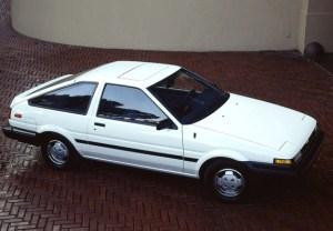 Toyota Corolla SR5 Sport Liftback (AE86) 1984–86 wallpapers