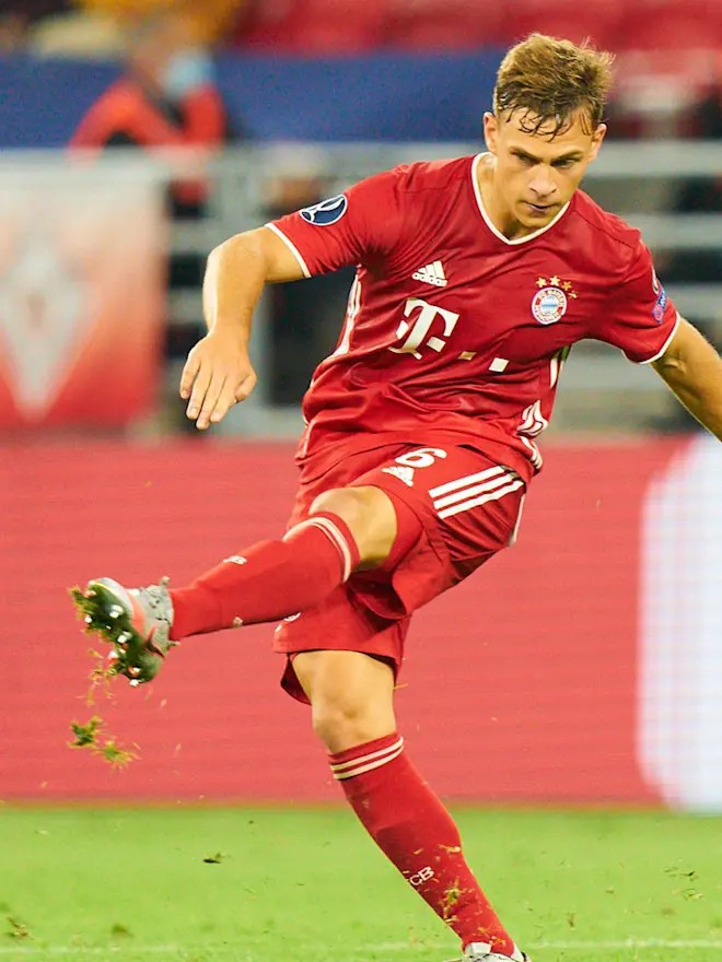 Joshua Kimmich is FC Bayern's Player of the Month for October