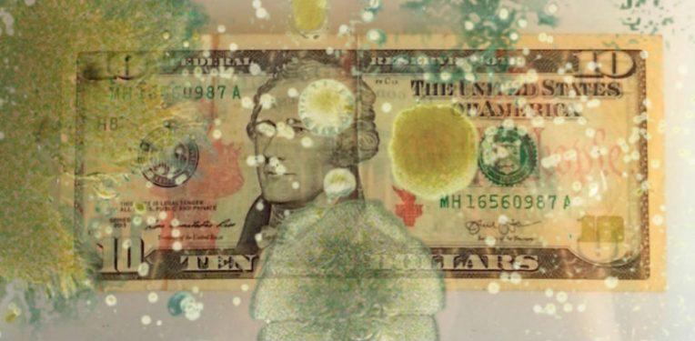 Transmissão de bactérias através das notas (dinheiro)