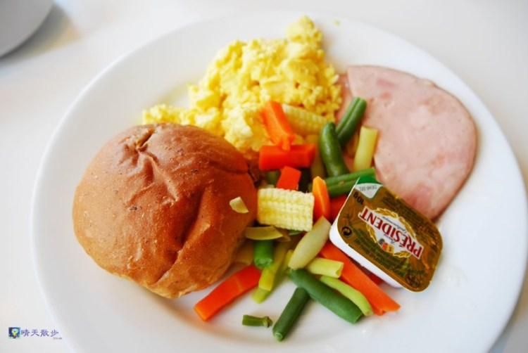 南屯早午餐|台中IKEA早餐~中西式銅板早餐 飲料無限續杯 平價早午餐 環境舒適 停車方便