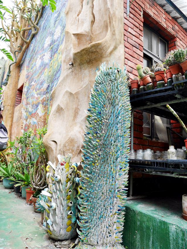 北港老街|諸元內科醫院~沙漠中的祕密花園 頂樓的藝術奇幻世界 北港私房景點 - 晴天散步