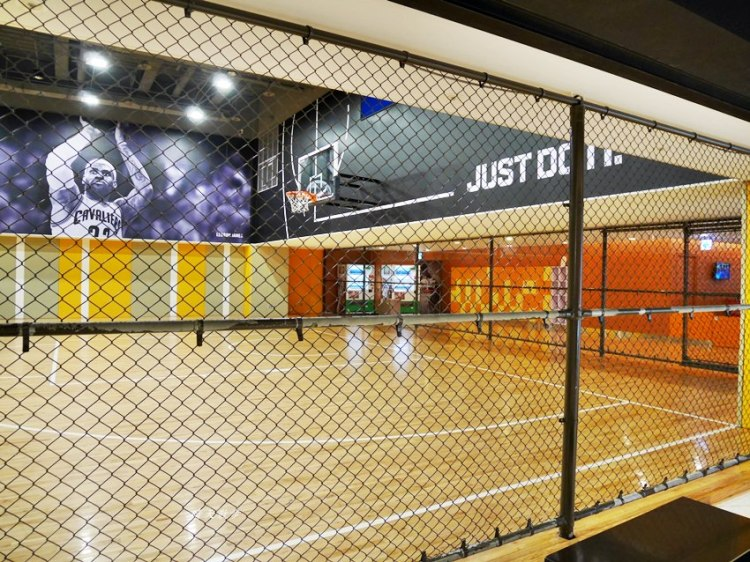 大魯閣新時代|WeSport籃球場~有冷氣的室內籃球場 颳風下雨也能打籃球