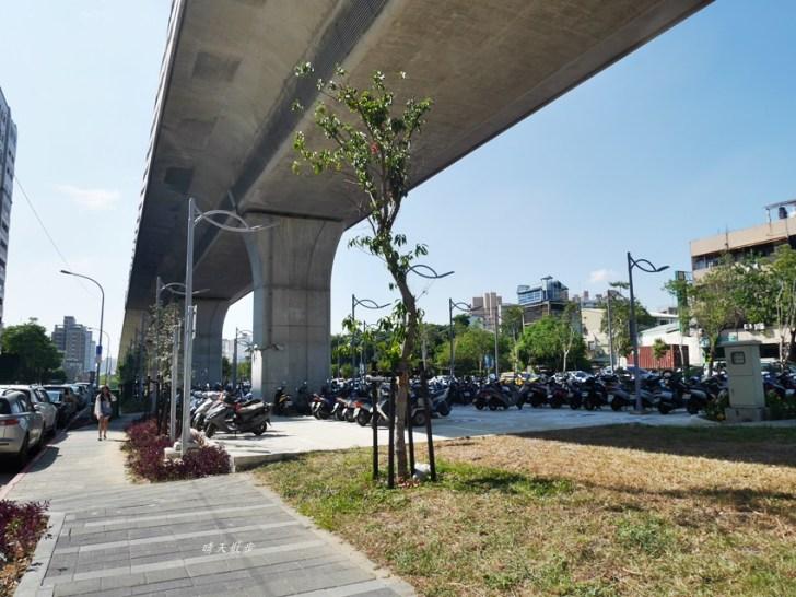 20181210132715 76 - 台中鐵路高架捷運化~挺藝術的「五權車站」 南來北往通勤很方便