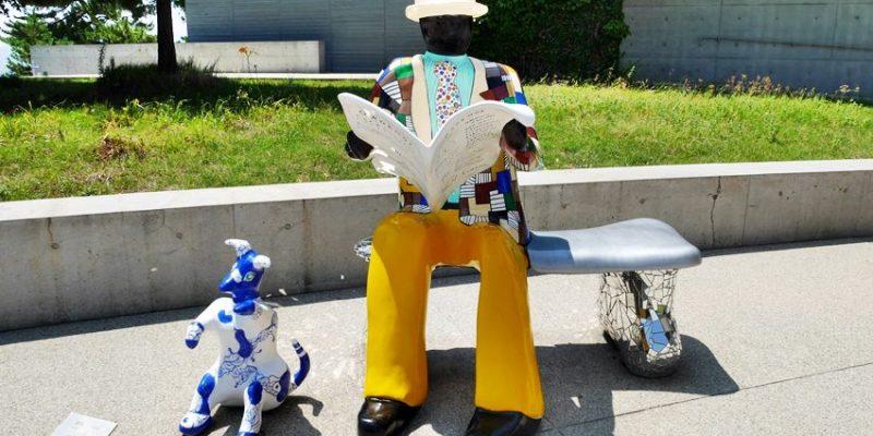 瀨戶內海親子遊 直島一日遊~倍樂生之家博物館 室外彩色雕塑作品好吸睛
