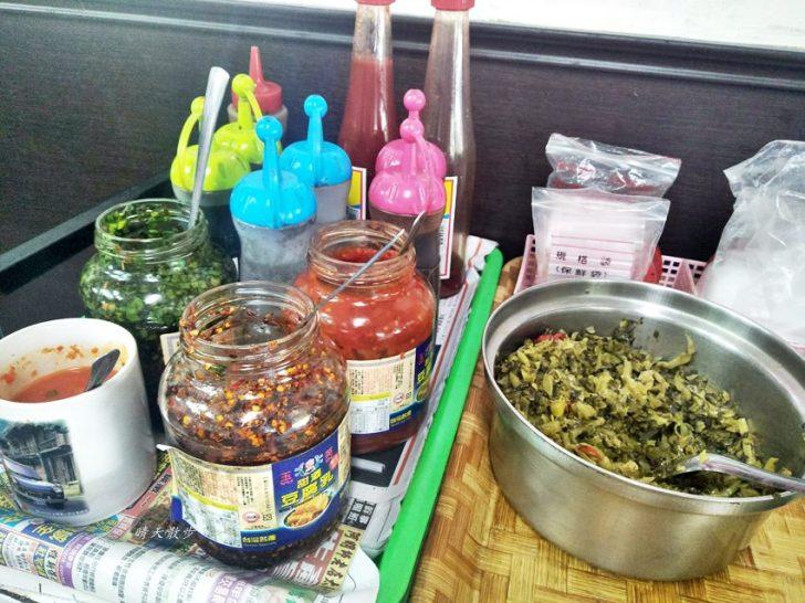 20191110144114 1 - 北屯小吃 興安路外省麵~各式麵食、餛飩、小菜、滷味 用餐時段瞬間客滿的小餐館