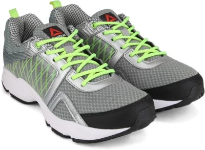 Reebok SMOOTH FLYER 2.0 Running Shoes(Black, Green, Grey)