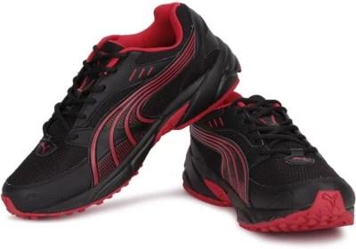 Puma Pluto Men Running Shoes(Black, Red)