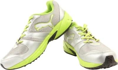 Puma Strike Fashion Ind Running Shoes(Silver, Green)