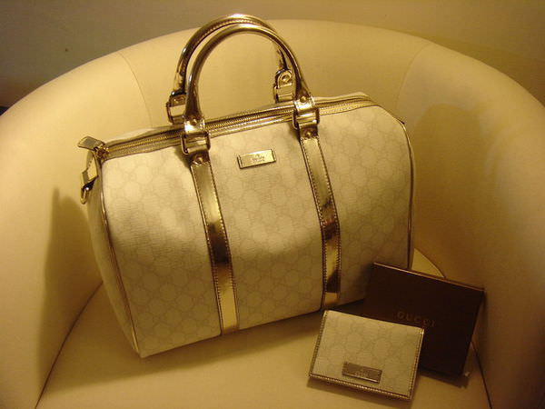 Dreams come true~~~~I am a Gucci girl now ^^