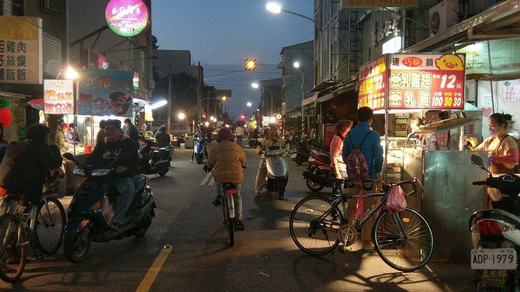 台南夜市實地採訪最新整理攻略懶人包~蒐錄網友粉絲推薦必吃夜市美食 (持續更新、歡迎分享)