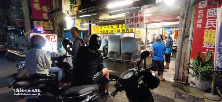 台南善化美食│在地人推薦的美食,筒仔米糕跟排骨酥湯是絕配,居然還有佛跳牆
