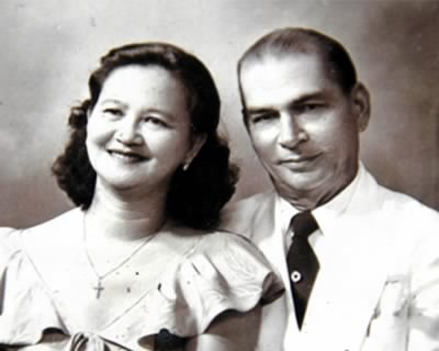 Lolo Juaning and Lola Doray in a photo taken in the 1950s.