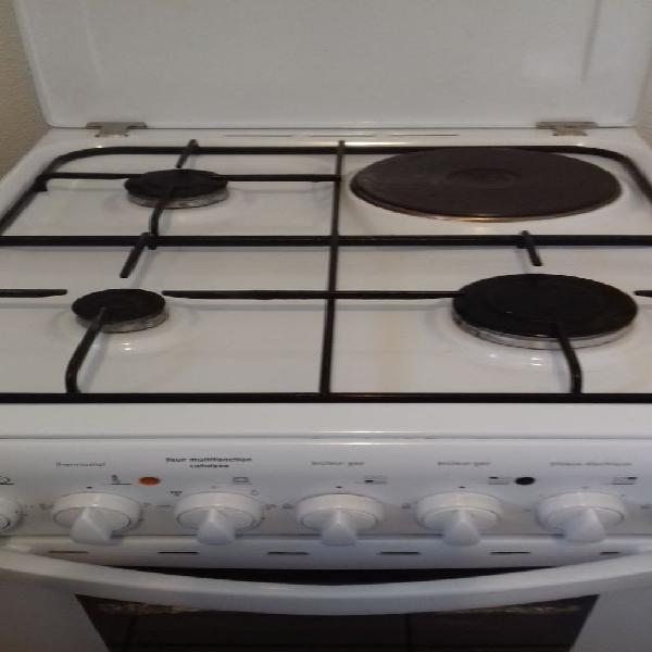 cuisiniere indesit gaz offres avril