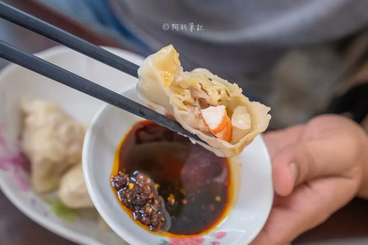 DSC00131 - 桃姐廚房|台中美食來啦!在地人激推隱藏版脆皮煎餃,出餐不快就是。