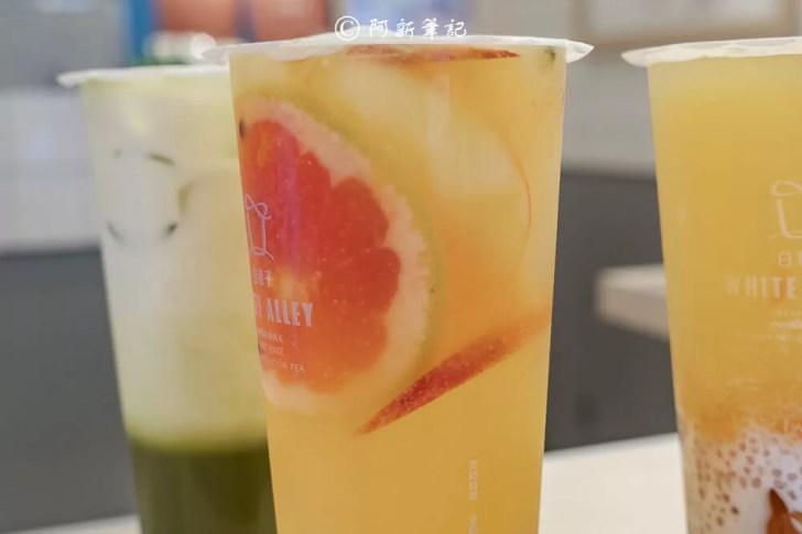 DSC02368 - 熱血採訪│芝士奶蓋必喝!從嘉義紅到國外的白巷子,台中也能喝得到,日本民眾大排長龍為了這一味