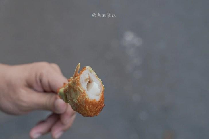 DSC05489 - 萬華丁香旗魚串|一中街銅板美食推薦,現點現做的鮮甜Q彈好滋味。