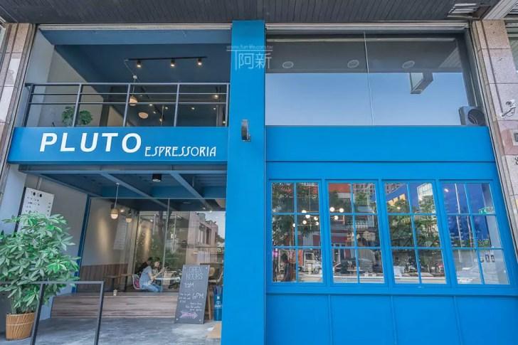 DSC07044 - Pluto Espressoria|台中南屯咖啡館,深藍色系搭寬敞空間,工業風環境超好拍。