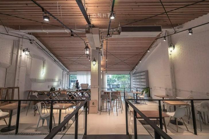 DSC00565 - Workshop Tea Room & Foods|台中超好拍歐洲茶罐打卡牆,建築黑色質感必拍,店家全天候供餐!