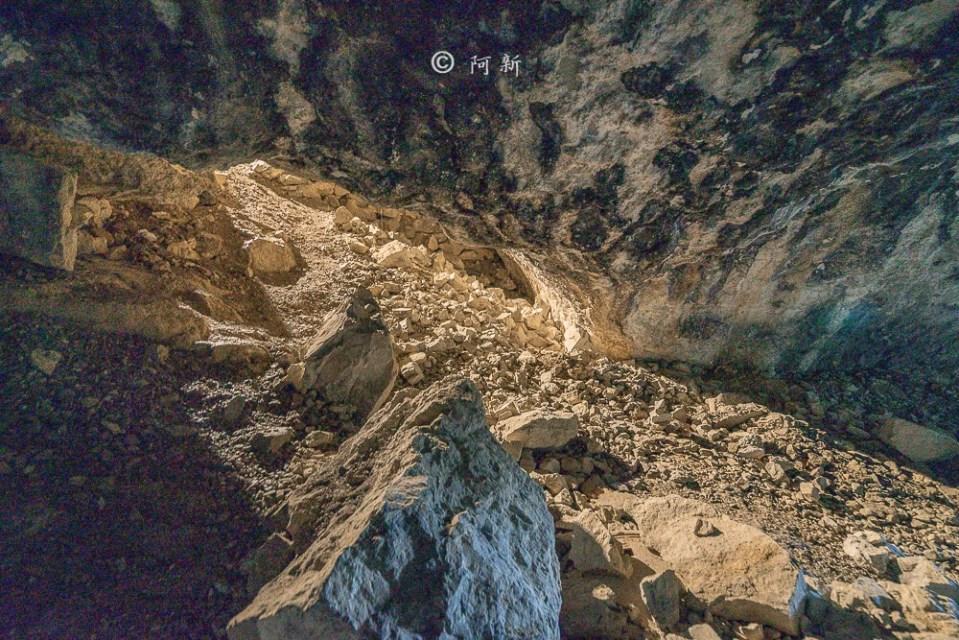 Berggasthaus Aescher,瑞士懸崖餐廳Berggasthaus Aescher Wildkirchli,瑞士懸崖餐廳,Berggasthaus Aescher Wildkirchli,瑞士山崖餐廳-25