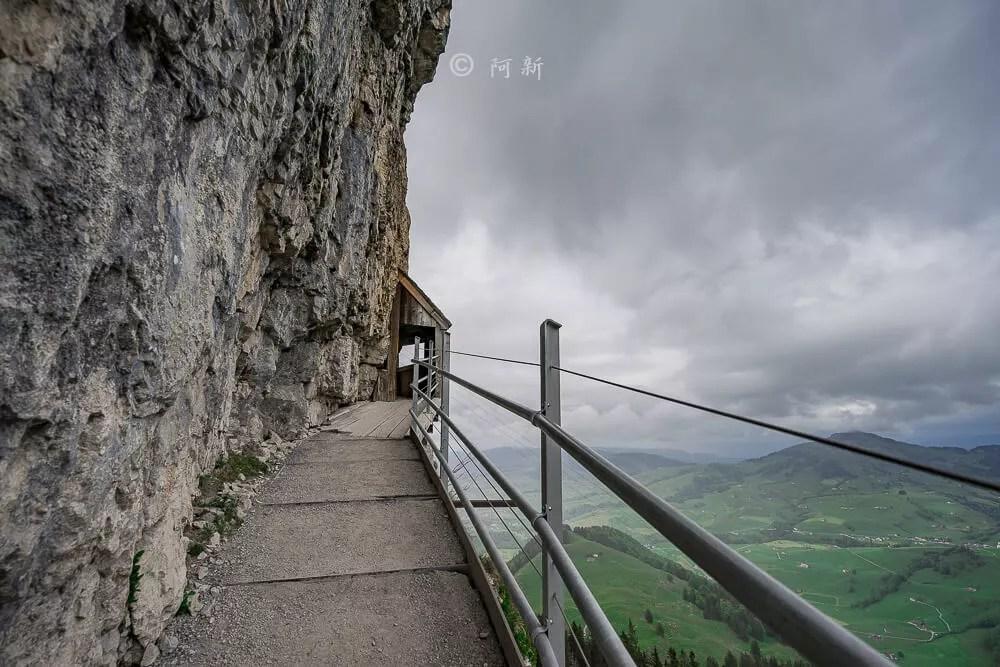 Berggasthaus Aescher,瑞士懸崖餐廳Berggasthaus Aescher Wildkirchli,瑞士懸崖餐廳,Berggasthaus Aescher Wildkirchli,瑞士山崖餐廳-33