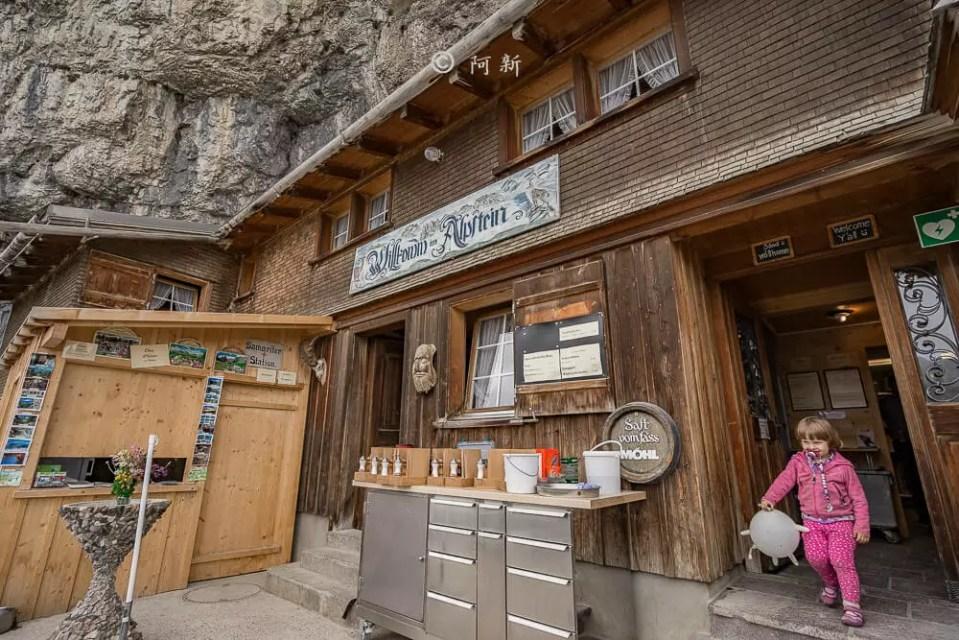 Berggasthaus Aescher,瑞士懸崖餐廳Berggasthaus Aescher Wildkirchli,瑞士懸崖餐廳,Berggasthaus Aescher Wildkirchli,瑞士山崖餐廳-42