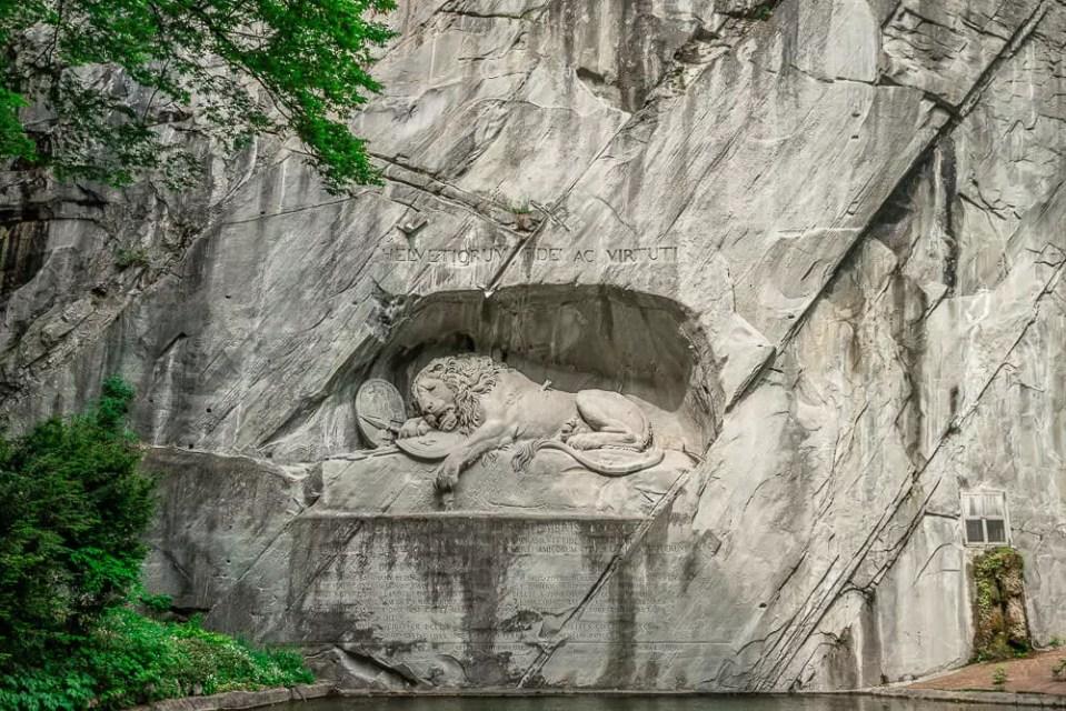 瑞士獅子紀念碑lions monument,瑞士獅子紀念碑,lions monument,垂死獅子像,瑞士垂死獅子像,獅子紀念碑,瑞士琉森旅遊景點