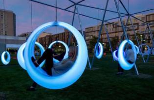 [視覺傳達]夢幻鞦韆裝置藝術公園