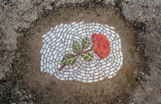 [裝置藝術]坑巴破馬路-馬賽克風美化