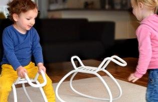 [家具設計]Hobbel不鏽鋼木馬椅