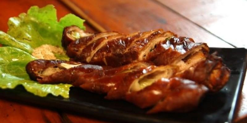 (台南。東區美食)『府城騷烤家』夜晚聚餐小酌好去處。平價小炒燒烤。