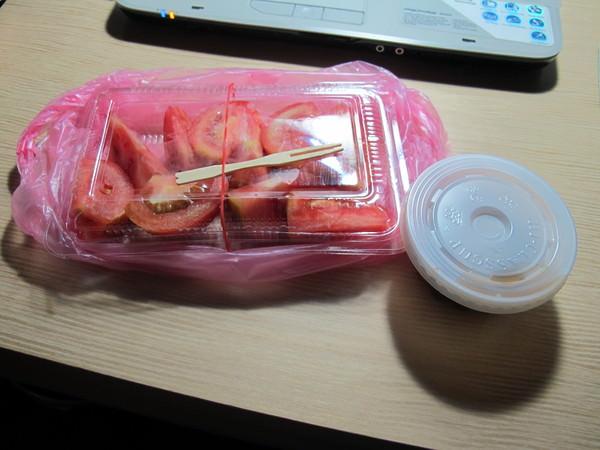 (台南。中西區美食)超好吃的番茄切盤:裕成水果店