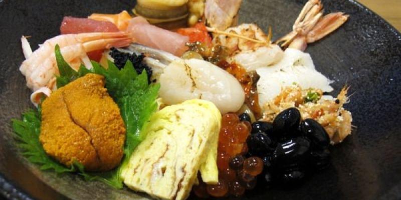 (台南。中西區美食)『酒鶴壽司』平價日本料理。生魚丼飯。