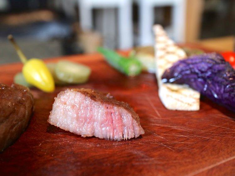 美味的日本鹿兒島A5和牛套餐,在成大就吃得到!X Dining艾克斯義式餐酒館|台南成功大學大學路22巷內高質感餐廳,無添加料理,天然健康的美味