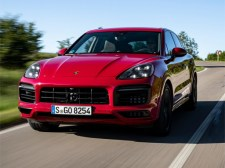 2020 Porsche Cayenne GTS拼图
