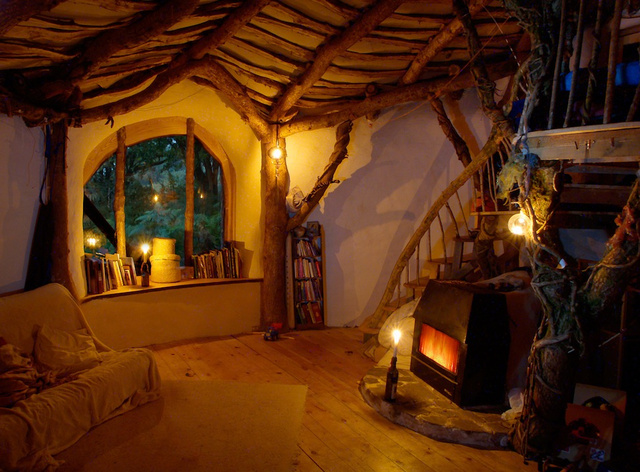 Inside the Hobbit House
