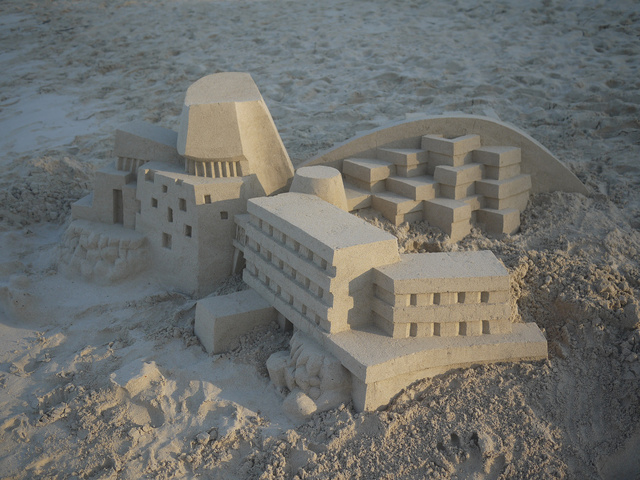 These Modernist Sand Castles Are Cooler Than Any Architectural Model