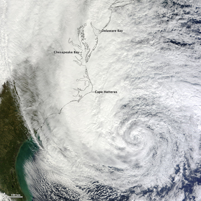 Latest Hurricane Sandy's Satellite Photos and Videos (Updating Live)