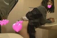 【個撮】体験人数わずか1人の超純情たまごちゃん!トイレでびちょびちょ生ハメ大洪水映像