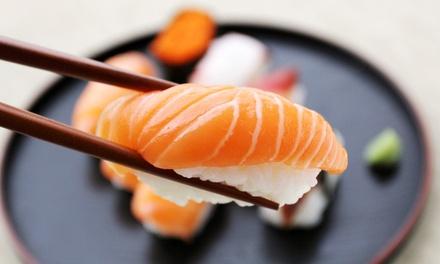 Sushi All you can eat o AperiSushi con calice di vino al ristorante Kumo Sushi in zona Crocetta (sconto fino a 47%)