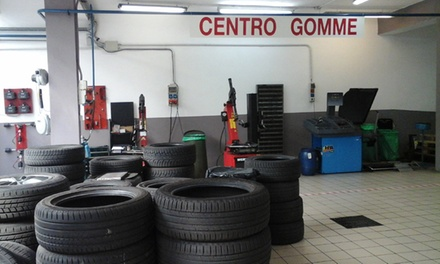 Cambio gomme e tagliando auto per varie cilindrate al Centro Auto Anzano Del Parco (sconto fino a 64%)