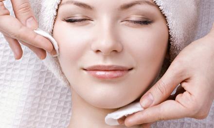 Pacchetto bellezza a scelta con massaggio drenante da Charme Beauty Center, Cologno Monzese (sconto fino a 80%)