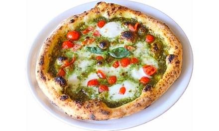 Menu pizza alla carta, dolce e birra per 2 persone al ristorante B And T Gourmet ad Arona (sconto 43%)