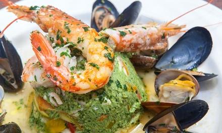 Menu di pesce alla carta con vino al porto di Genova da La Ville Superbe Brasserie Restaurant (sconto fino a 65%)