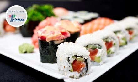 Sushi All you can eat e vino per 2 o 4 persone al ristorante Sushi Koi Fusion Restaurant (sconto fino a 52%)