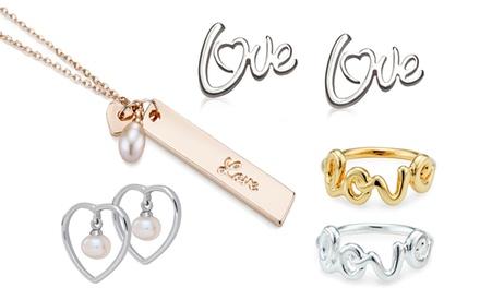 Orecchini, anelli, collane e bracciali disponibili in vari modelli