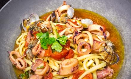 Menu di pesce con una o 2 caraffe di vino per 2 o 4 persone al ristorante Don Pizzotto (sconto fino a 71%)