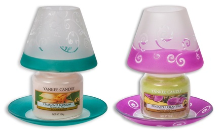 Candele con paralume e vassoio Yankee Candle disponibili in vari modelli
