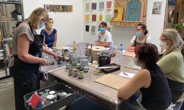 atelier d initiation a la peinture et patine sur support fourni de 2h ou 4h pour 1 ou 2 pers a l atelier gris patine