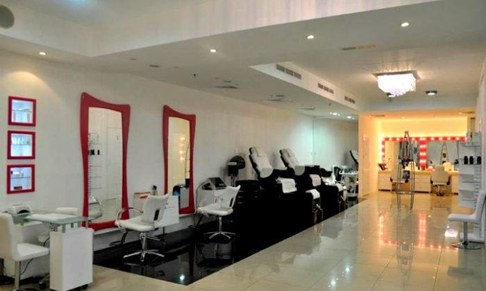 Shahnaz Husain Signature Salon Deira Up To 75 Off Nail Extensions